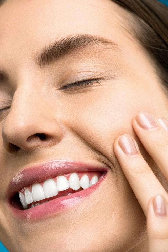 Na czym polega stomatologia estetyczna?